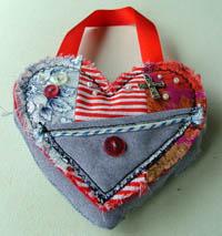 HeartPouch200